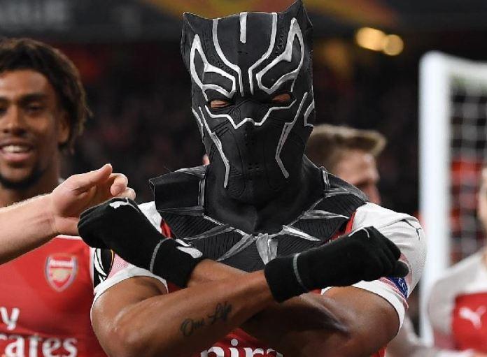 Pierre-Emerick Aubameyang celebrated with Marvel Pictures Wakanda mask