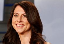 MacKenzie Bezos will keep a 4% stake in Amazon