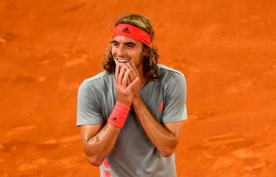 Stefanos Tsitsipas will play Novak Djokovic after defeating Rafael Nadal
