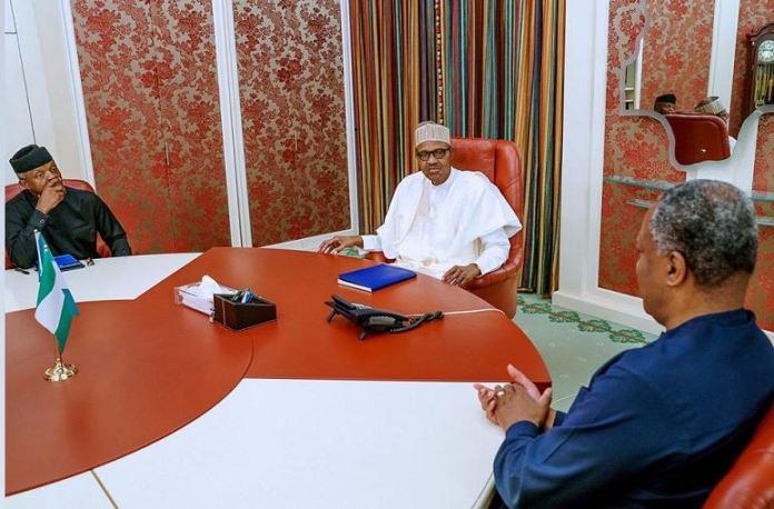 President Muhammadu Buhari (C), Vice President Yemi Osinbajo (L) and Minister of Foreign Affairs, Geoffrey Onyeama meeting over Xenophobic attacks