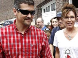 Todd Palin is divorcing Sarah for incompatibility of temperament