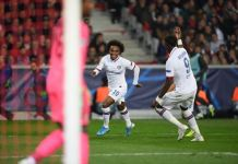 Willian scored a sublime volley as Chelsea beat Lille in France