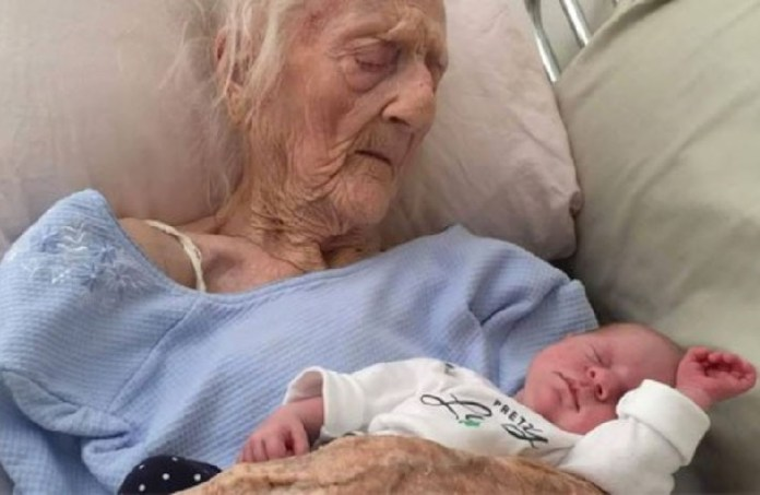 FILE: World's oldest mother Anatolia Vertadella who gave birth at the age of 101