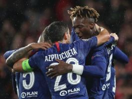 Tammy Abraham and Cesar Azpilicueta fired Chelsea into the last 16 of the Champions League