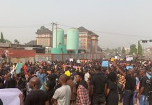 Protesters take to the streets in Owerri, Imo state over Emeka Ihedioha removal