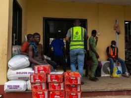Lagos State have given food materials to residents as lockdown began