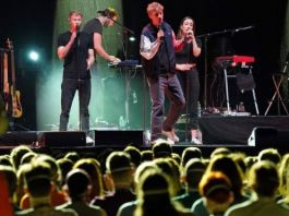Pop star Tim Bendzko performed at all three concerts in Germany