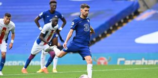 Jorginho scored twice from the spot as Chelsea beat Crystal Palace 4-0