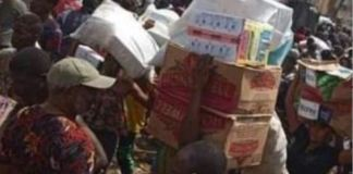 Residents looting food and household items loot