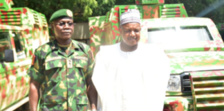 Chief of Army Staff (COAS) Lieutenant General Faruk Yahaya and Kebbi state governor Senator Abubakar Atiku Bagudu