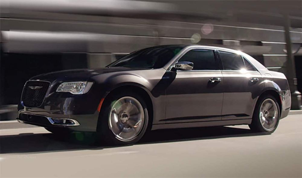 medium resolution of 2019 chrysler 300 exterior 300c