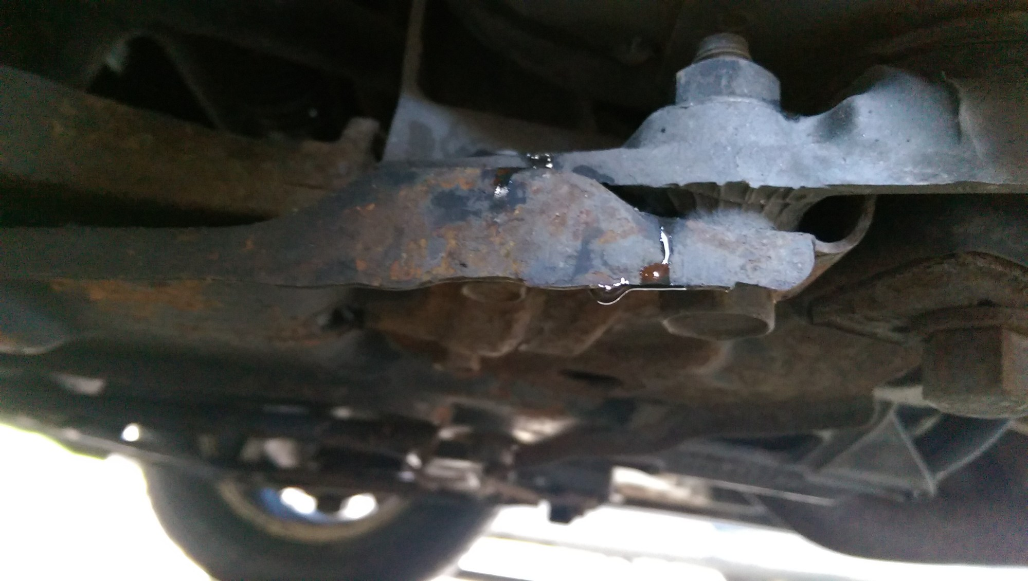 hight resolution of coolant leak again trying to identify imag1499 jpg