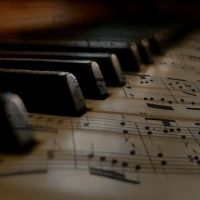 73749-Piano-Keys-And-Notes