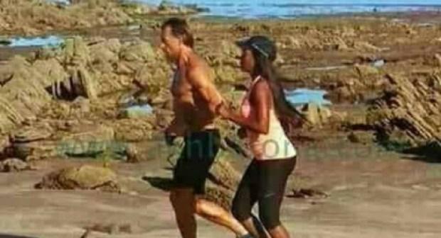 رونار يخوض تمارينه الرياضية رفقة صديقته السمراء