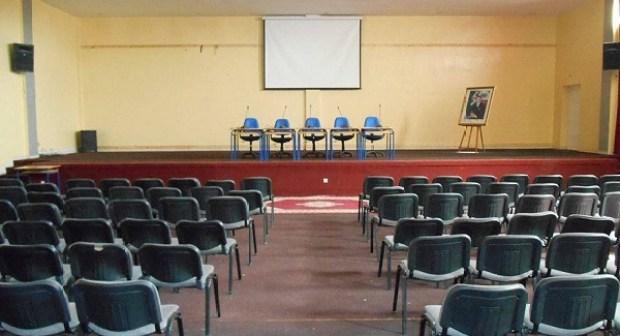 بيوكرى : جمعيات تطالب الجهات المعنية بتجهيز القاعة الرئيسية للمركب الثقافي
