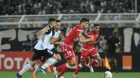الوداد البيضاوي يخرج من منافسة عصبة الأبطال الإفريقية لكرة القدم بعد تعادله مع ضيفه وفاق سطيف بدون أهداف