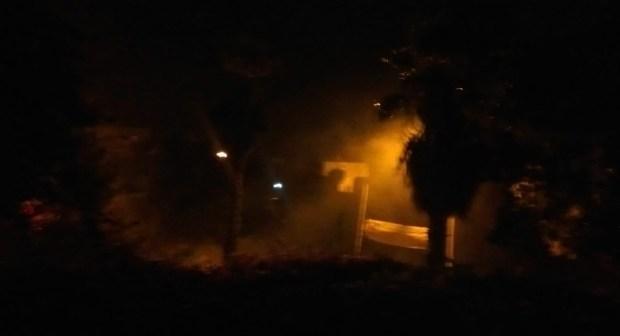 بالفيديو…مع هبوب رياح قوية ..اندلاع حريق ببقعة تستغل لرمي النفايات بحي الشرف أكادير