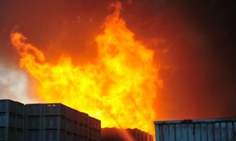 بالفيديو.. انفجار قوي يهز مصنعا في القنيطرة.. وهذه حصيلة الحادث