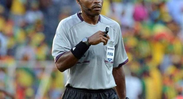 حكم غابوني لإدارة مباراة المغرب والكاميرون