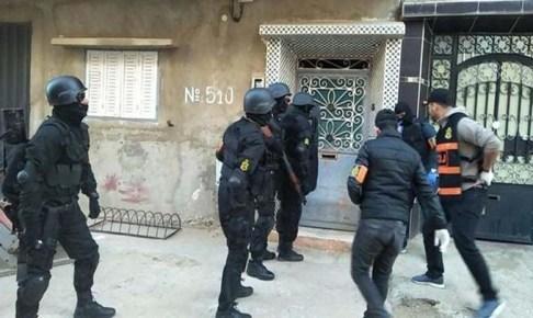 """اعتقال أفراد خلية إرهابية موالية لتنظيم """"داعش"""" الإرهابي بسلا"""