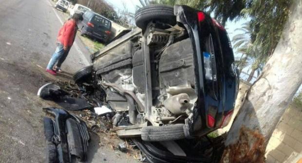 اصطدام سيارة بشجرة يودي بحياة 5 أشخاص