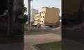 بالفيديو : سقوط عمارة سكنية من 3 طوابق بهذه المدينة