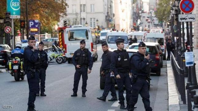 فرنسا تحبط هجوماً إرهابياً بالطائرات