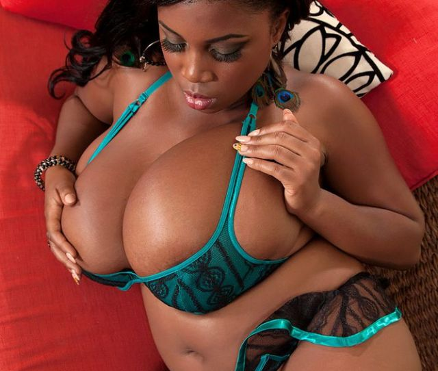 Thick Black Beauty With Massive Breasts
