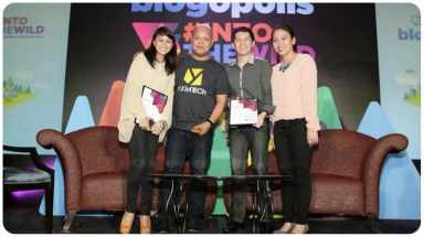 L-R: Yen (my wife), Abe Olandres (Nuffnang Philippines Country Manager), me & Thei Palijo (Nuffnang Philippines Community Manager)