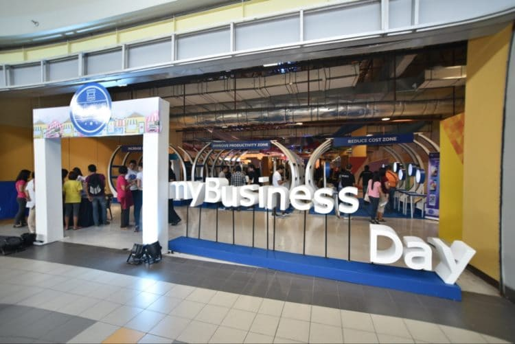 Globe myBusiness Day in Batangas - Facade at SM City Batangas