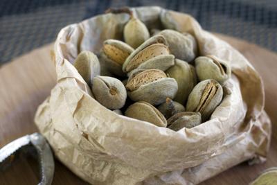 fresh-almonds_2S.jpg