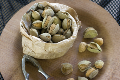 fresh-almonds_4S.jpg