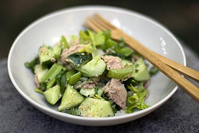 salada-pepinoatum_1S.jpg