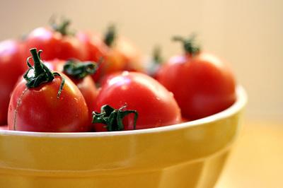 new_many_tomatoes_2s.jpg
