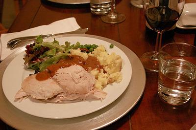 thanksgiving08_10S.jpg