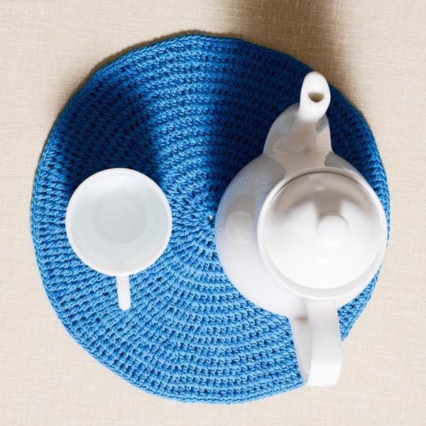 Crochet-Blue-Tea-Placemat