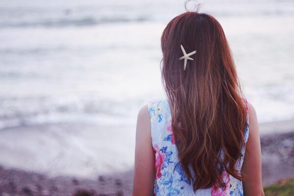 さらさらの髪の毛の女の子