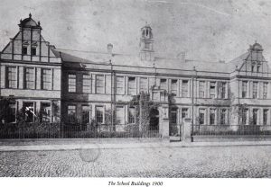 Newcastle High School building, 1900.