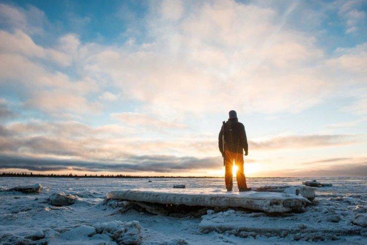 Solitude and sun at Nanuk Polar Bear Lodge. Zach Doleac photo.