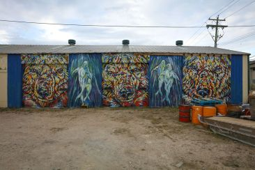Mural Artist: Kelsey Eliasson. Tre Packard photo.