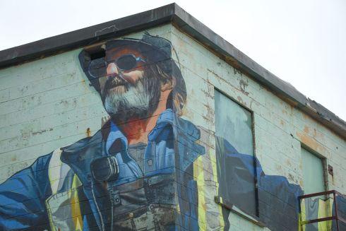 Mural Artist: Case McClaim. Tre Pakard photo.
