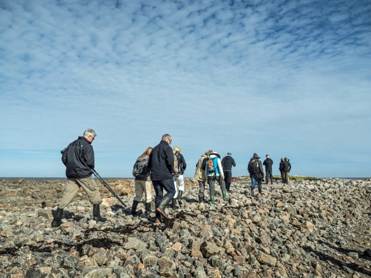 Low impact polar bear hikes, people power! Photo by Robyn Jaques.