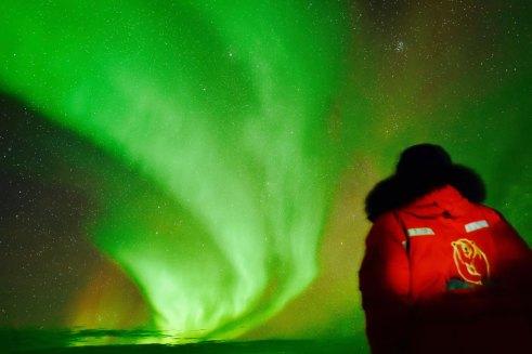 northern-lights-Churchill-Wild-Nanuk-Ian-Johnson