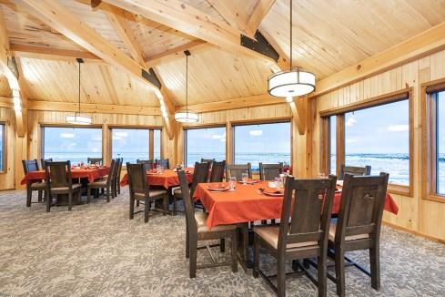 dining-room-churchill-wild-seal-river-heritage-lodge-scott-zielke