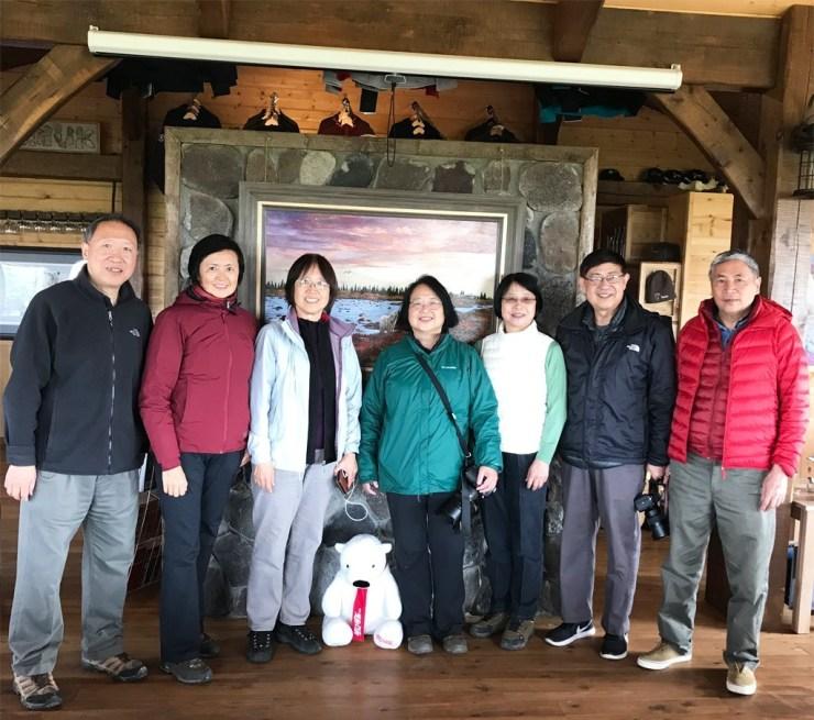 An Xiao and friends at Nanuk Polar Bear Lodge.