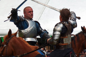 knights_sword_fighting_battle_on_horseback