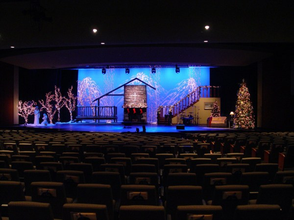 Top 5 Christmas Church Stage Design Ideas