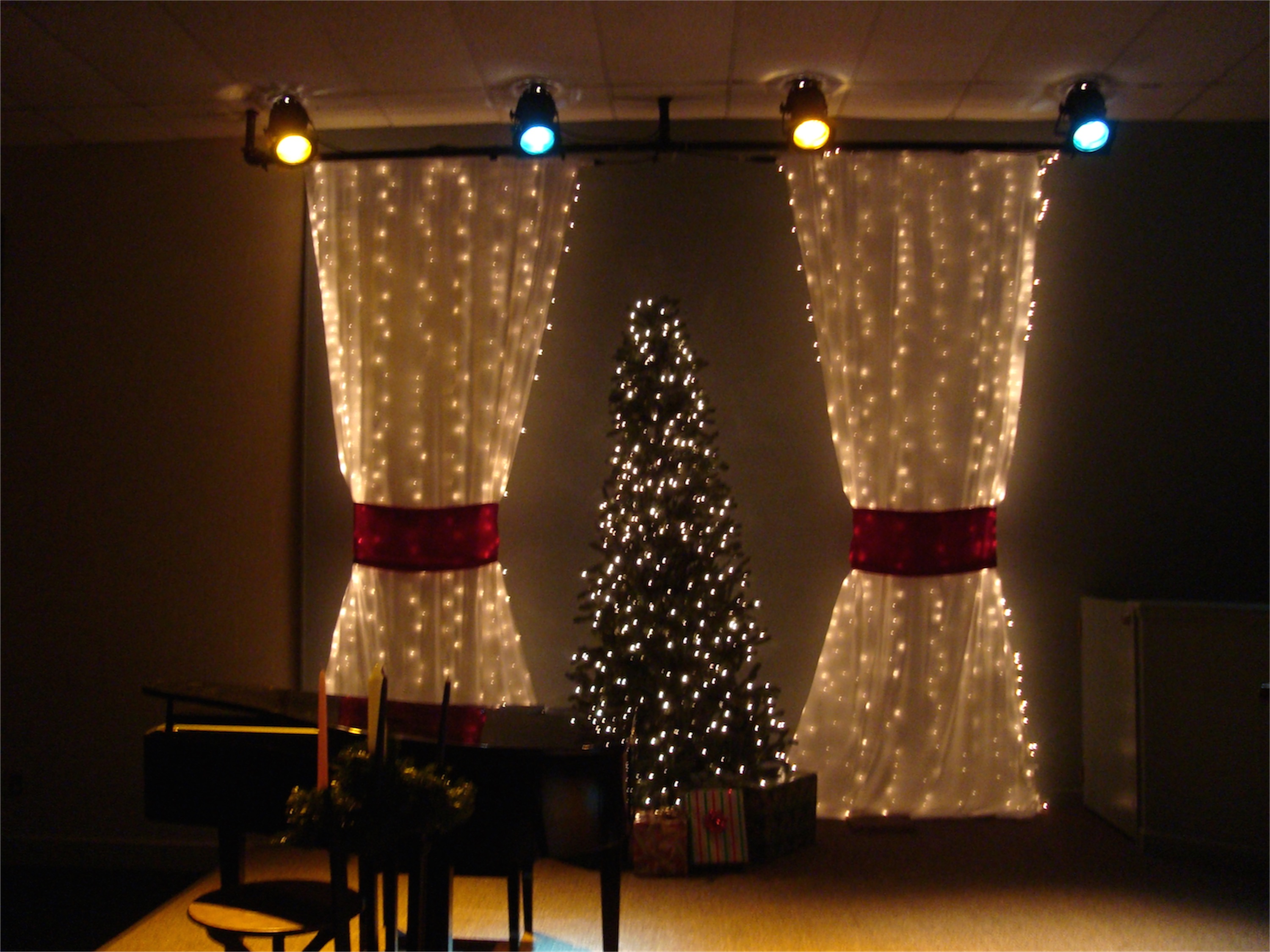 Packed Christmas Church Stage Design Ideas