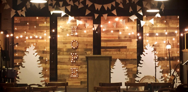 Church Christmas Decorations Designs