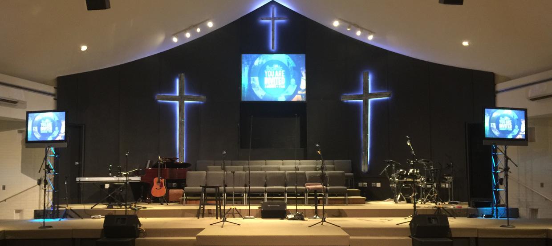 Neon Crosses Church Stage Design Ideas